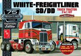 AMT 1046 1-25 White Freightliner 2 in 1 SC DD Cabover