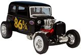 AMT 902 1-25 1932 Ford Victoria