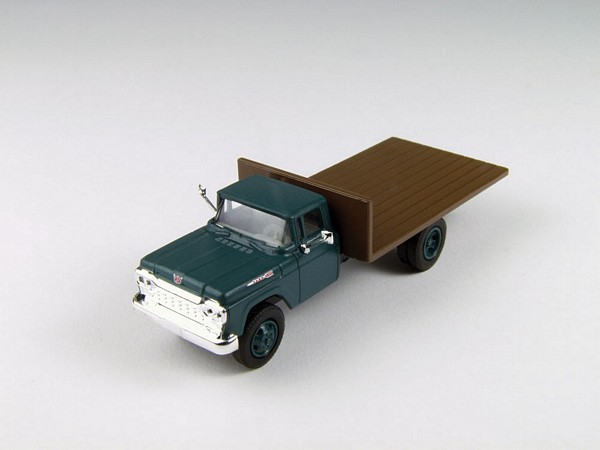 Classic Metal Works 30412 Ford Flatbed Truck