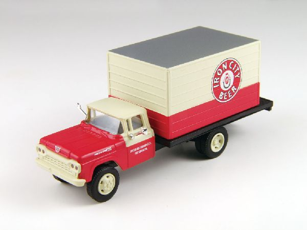 Classic Metal Works 30428 Ford F500 Box Body Delivery Truck