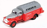 Classic Metal Works 30336 Chevrolet Tank Truck