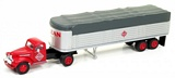 Classic Metal Works 31169 Chevrolet Tractor with Covered Wagon Trailer