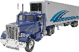 Revell 851981 Freightliner with Trailer Snap