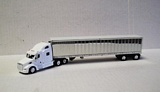 Trucks N Stuff SPT760 Peterbilt 587 with Spread Axle Reefer Van Trailer