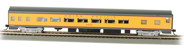 Bachmann 14204 UP Smooth Side Coach with Lights