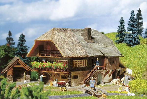 Faller 131290 Black Forest Farmhouse