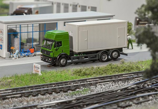 Faller 161480 Lorry MB SK94 Building Site Container
