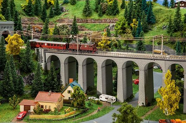 Faller 222599 Viaduct Set Two Track Straight