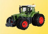 Kibri 12270 FENDT 926 with Double Tires