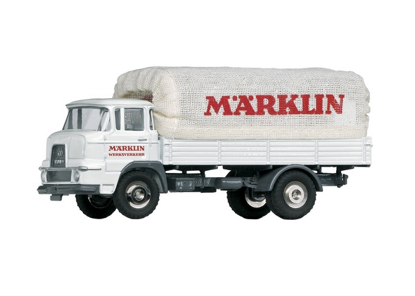 Marklin 18036 Krupp Flatbed Truck with a Marklin Tarp Superstructure