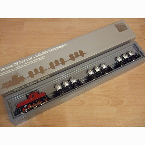 Marklin 2874 Behaltertragwagen Zug train Set