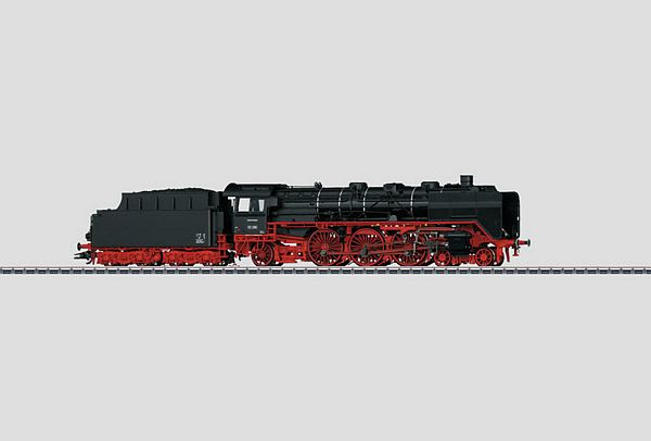 Marklin 37957 Class 03 Express Train Steam Locomotive with a Tender