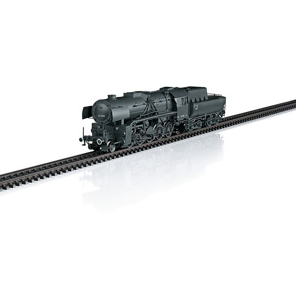 Marklin 39044 Class 42 Heavy Steam Freight Locomotive