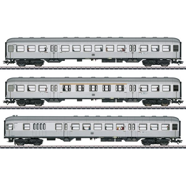 Marklin 41275 Silver Coins Passenger Car Set
