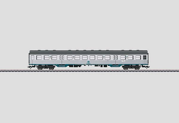 Marklin 43802 Commuter Car BR Bnrzb 724 DB