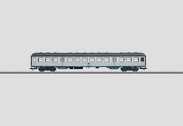 Marklin 43803 DB Type Bnb 719 Commuter Car