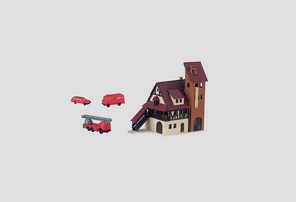 Marklin 89800 Building Kit of a Fire Station with Fire Department Vehicles