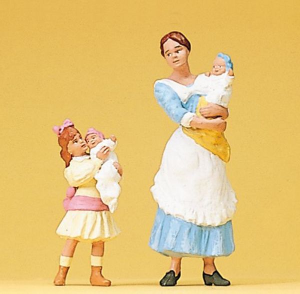 Preiser 45060 Nurse Maid with Children