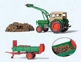 Preiser 17944 Farm Tractor with Accessories