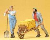 Preiser 45020 Worker with wheel barrow worker leaning on a fork