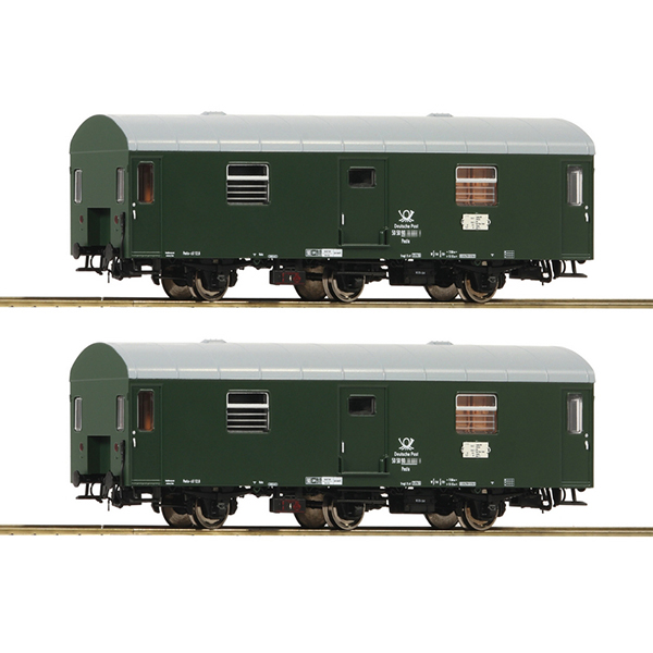 Roco 74111 2 piece set Mail coaches Rekowagen DR