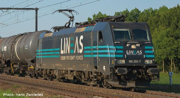 Roco 79215 Electric locomotive class 186 Lineas