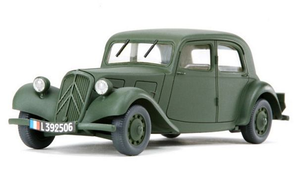 Tamiya 26548 1/48 Citroen Traction 11CV