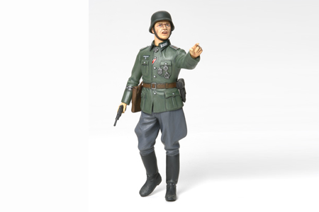 Tamiya 36313 1/16 German Field Commander