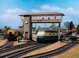 Vollmer 45739 Gantry Mounted Signal Box East