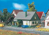Vollmer 49571 House with Shop
