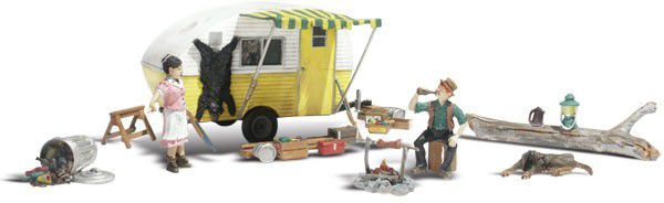 Woodland Scenics 5341 AutoScenes Assbled Ma And Pa Trailer Heaven